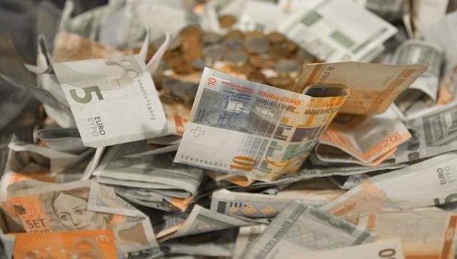 hromada eurobankovek