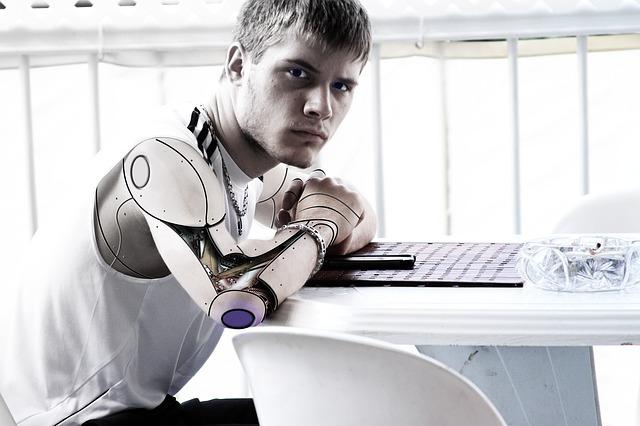 mladík jako robot