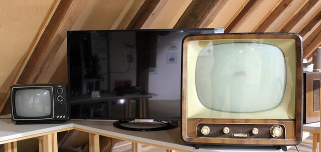televize na půdě