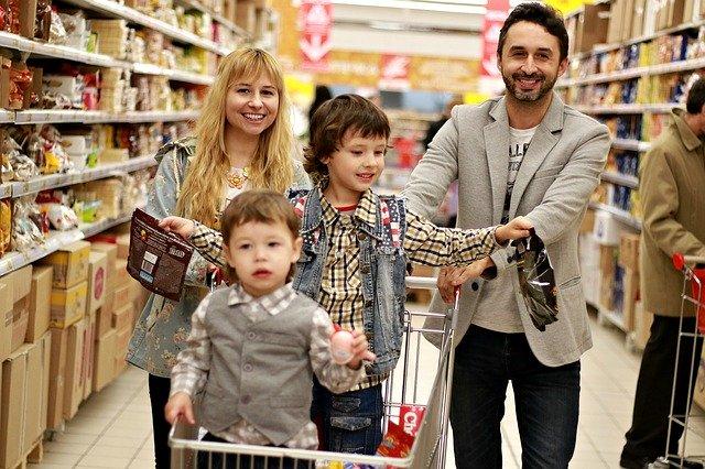 Rodina na nákupech
